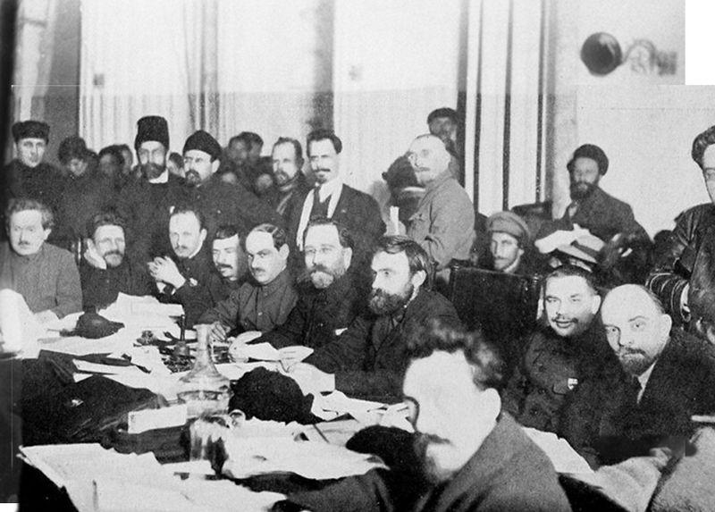 bolshevik-meeting