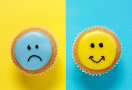 happy-sad-cupcakes
