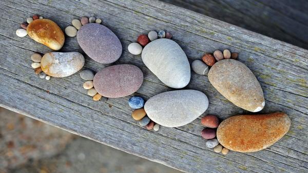 pies-piedras