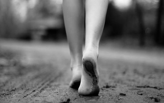 descalzo-por-la-arena