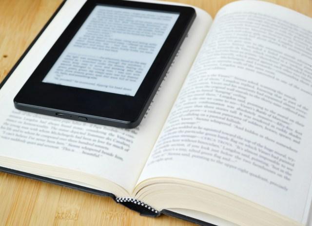 libro-en-papel-y-electronico