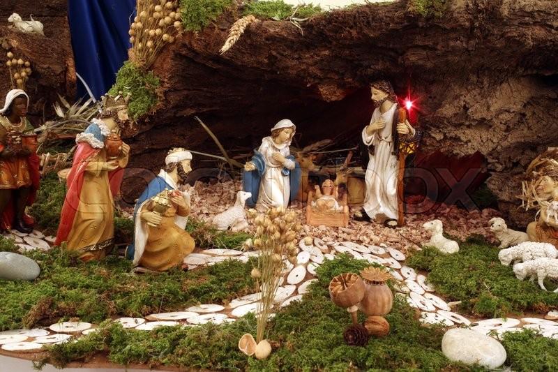 16392511-christmas-mangers