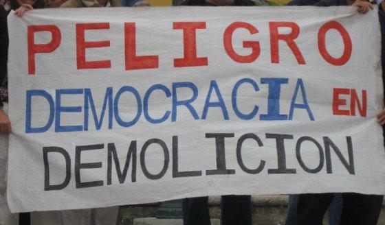 democracia-en-peligro