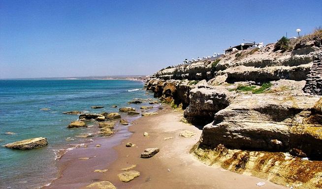 playa-de-las-grutas-en-argentina