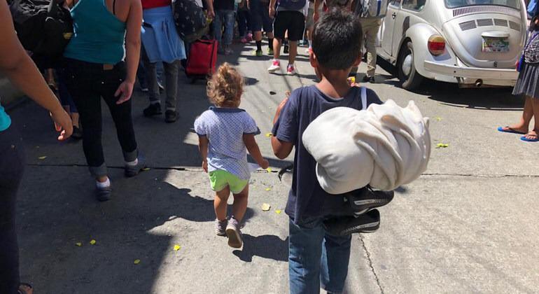 Deportar a niños