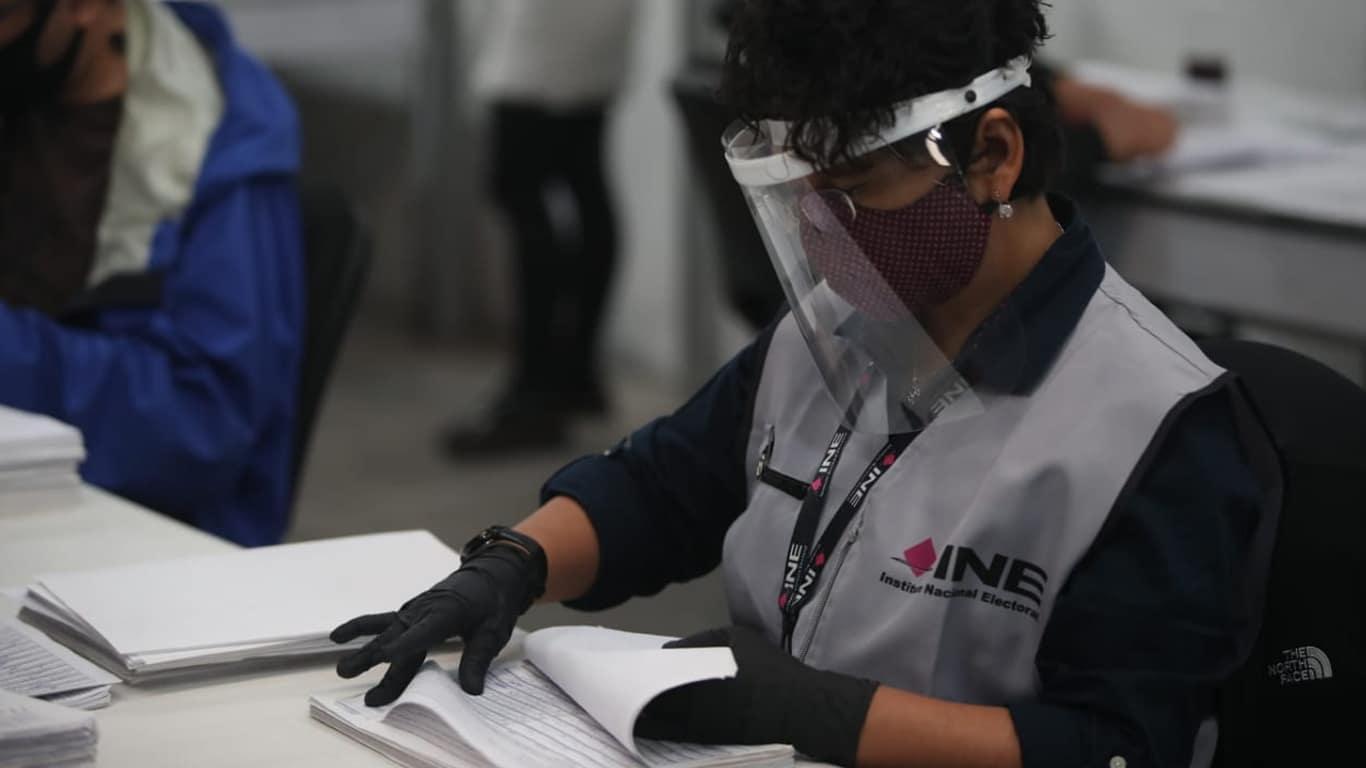 Se realizó la primera consulta ciudadana organizada por el INE