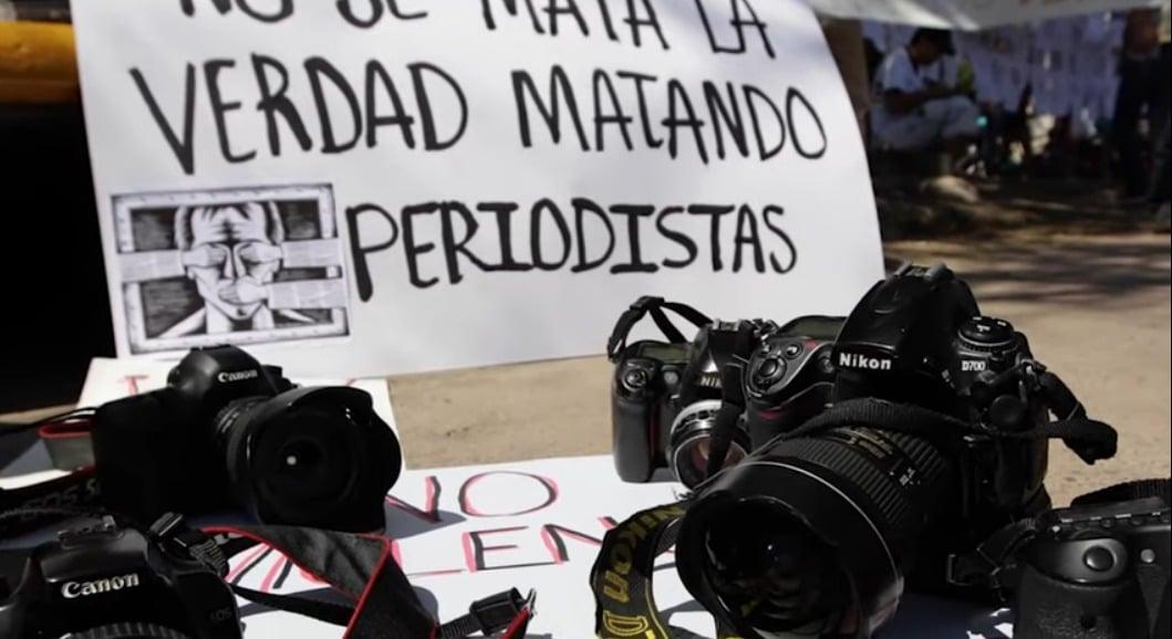 Periodismo vs Gobierno / por Adilene Cortés Piza